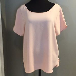 June& huddle. Dusty rose short sleeve top